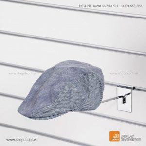 Giá treo trưng bày nón cài tấm Slatwall