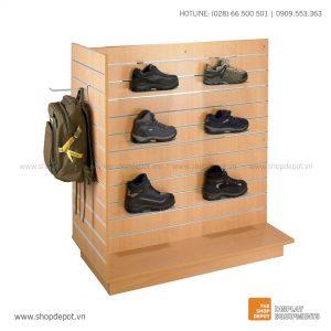 Quầy gỗ trưng bày Slatwall LUZ